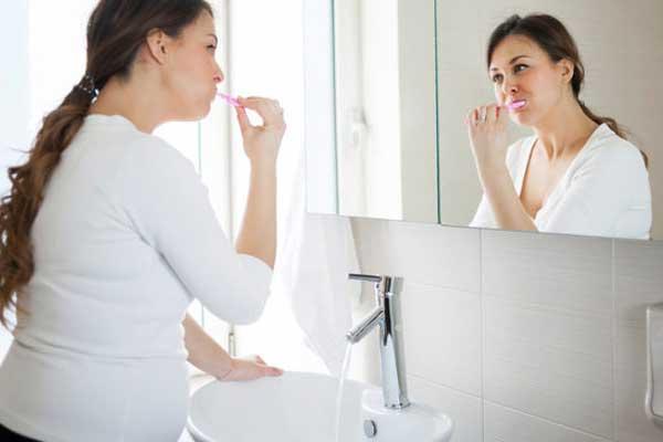 تاثیر بارداری روی دندان ها