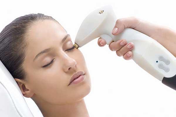 لیزر درمانی صورت