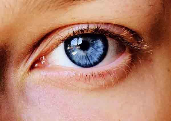 چشم درد سمپاتیک چیست