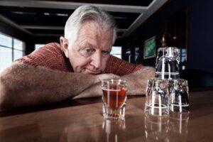علت بیماری سیروز الکلی